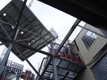 Ossature support de silos à l'intérieur d'un bâtiment existant 002